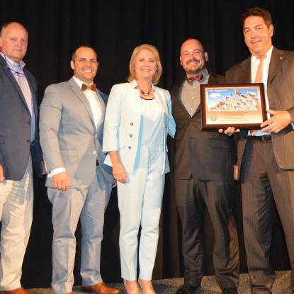 DIRTT Receives 2018 WTCSav International Business of the Year Award